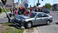 Honda zderzyła się z fiatem na skrzyżowaniu ulic Jana Pawła II z Bolesława Krupińskiego. Pasażerka hondy […]