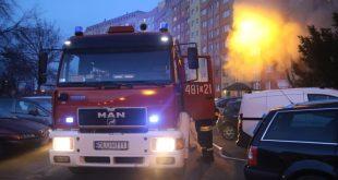 Pożar na Pawiej. Mieszkańcy odcięci od wody i prądu.