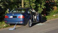 Zniszczone BMW i uszkodzona skoda taki jest skutek nieuwagi kierowcy BMW w Oborze.