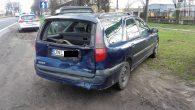Renault ze zniszczonym tyłem, opel z uszkodzonym przodem – takie są skutki zderzenia koło Szybu Bolesław.