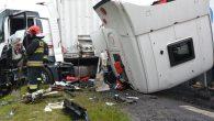 Trzy ciężarówki zderzyły się w Miłosnej na drodze K35 Lubin-Prochowice. Kierowca jednej z nich trafił do […]