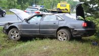 Kierowca audi A8 poobijany trafił do szpitala, po dachowaniu na wysokości Szybu Głównego ZG Lubin.