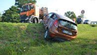 Nieuwaga kierującej fiestą była przyczyną zderzenia z ciężarówką w Chróstniku. Kobieta z córką trafiły do szpitala […]