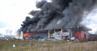 Pożar w Deko-Bau w Lubinie
