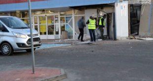 Bankomat wyleciał w powietrze – FOTO
