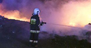 Pożar na dzikim wysypisku