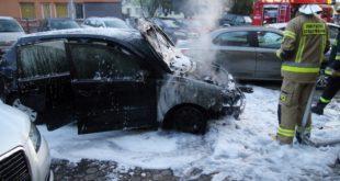 Pożar osobówki na ul. Orlej