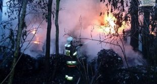 Pożar na recyklingu w Kłopotowie